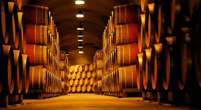 Tầng hầm ủ rượu
