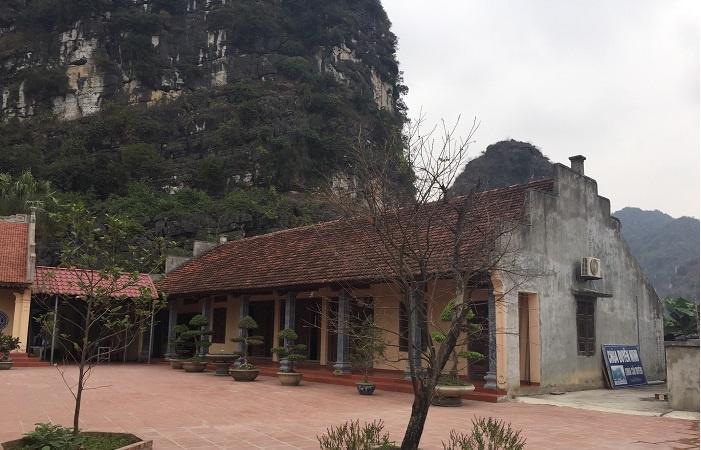 Nhà ở sau đình chùa có sao không?