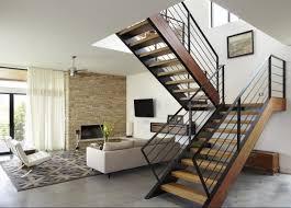 Số bậc cầu thang được tính từ bậc thứ nhất cho tới điểm kết thú