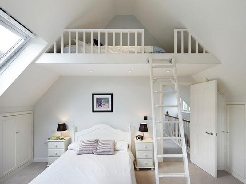 Mẫu 3: Trang trí tầng lửng thành phòng ngủ