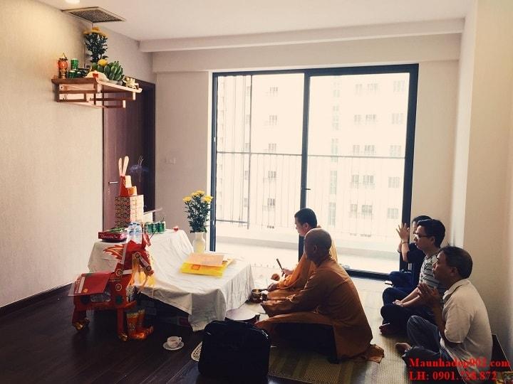 Việc bạn làm lễ nhập trạch thực chất là việc làm lễ để thông báo cho các vị thần, quan cơ sở tại khu đất về việc gia đình bạn sẽ chuyển tới đó sinh sống