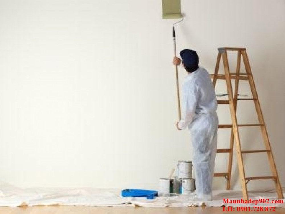 Xử lý bề mặt tường cũ là một trong những công việc vô cùng quan trọng khi bạn muốn cải tạo tường cũ bằng bằng cách sơn đè lên lớp sơn cũ