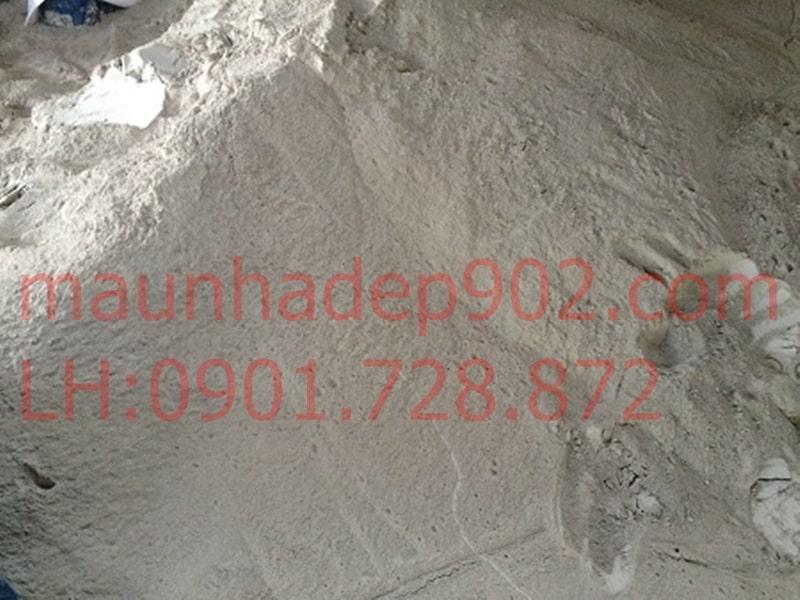 Chuẩn bị cát và các nguyên liệu khác để trộn vữa trát tường