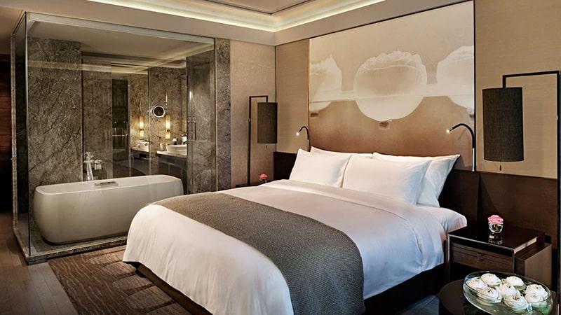 Hiện nay có khá nhiều phương pháp tạo sự thông thoáng và tươi sáng cho phòng ngủ của bạn